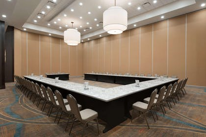 Meeting Room | Embassy Suites Chicago Naperville