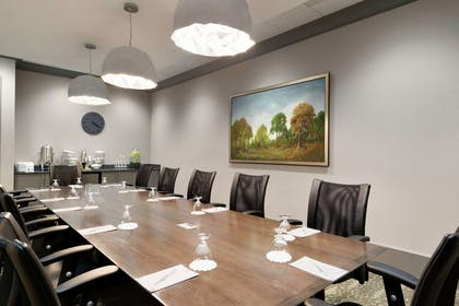 Meeting Room   Embassy Suites by Hilton Charlotte Ayrsley