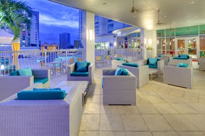 Pool | Hampton Inn & Suites by Hilton Miami Brickell Downtown