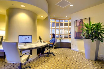 Business Center | Hampton Inn & Suites by Hilton Miami Brickell Downtown