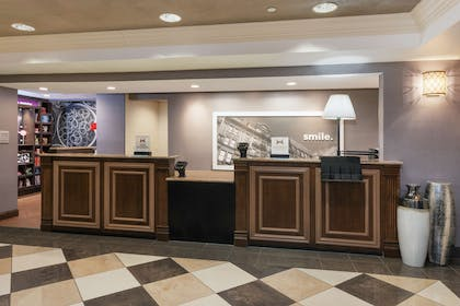 Reception | Hampton Inn and Suites Munster
