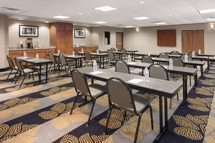 Meeting Room | Hampton Inn and Suites Munster