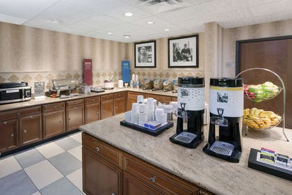 Breakfast Area | Hampton Inn and Suites Munster