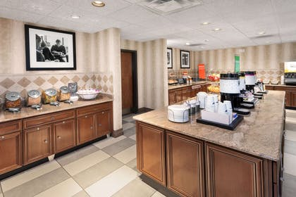 Restaurant | Hampton Inn and Suites Munster