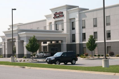 Exterior | Hampton Inn and Suites Munster