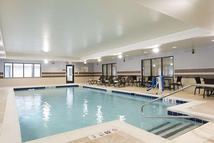 Pool   DoubleTree by Hilton Hotel Schenectady