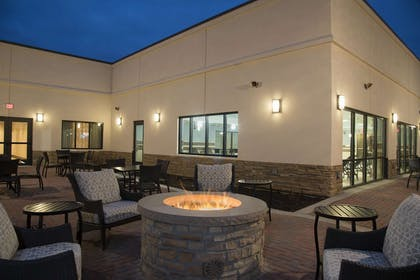 Exterior   DoubleTree by Hilton Hotel Schenectady
