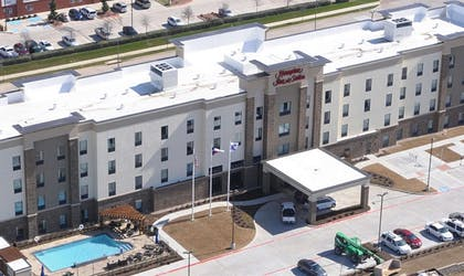 Exterior | Hampton Inn & Suites Dallas-Ft. Worth Airport South