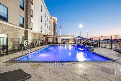 Pool | Hampton Inn & Suites Dallas-Ft. Worth Airport South