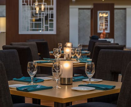 Restaurant | DoubleTree by Hilton Hotel Pittsburgh - Cranberry