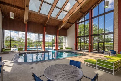 Pool | DoubleTree by Hilton Hotel Pittsburgh - Cranberry