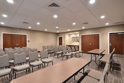 Meeting Room | Hampton Inn & Suites Chippewa Falls
