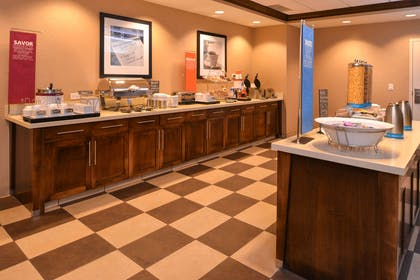 Restaurant | Hampton Inn Omaha Midtown-Aksarben Area