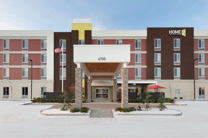 Exterior | Home2 Suites by Hilton Anchorage/Midtown