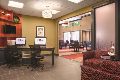 Business Center | Homewood Suites By Hilton Ankeny