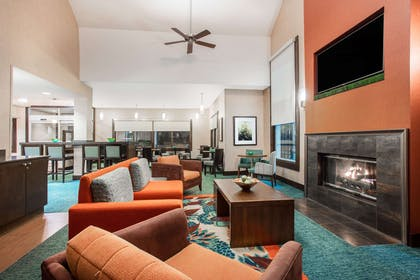 Lobby | Hawthorn Suites by Wyndham Atlanta Perimeter Center