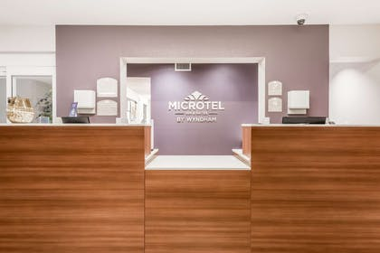 Front Desk | Microtel Inn and Suites by Wyndham Sweetwater