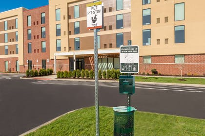 Exterior | Home2 Suites by Hilton Buffalo Airport/Galleria Mall