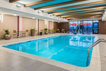 Pool | Home2 Suites by Hilton Buffalo Airport/Galleria Mall