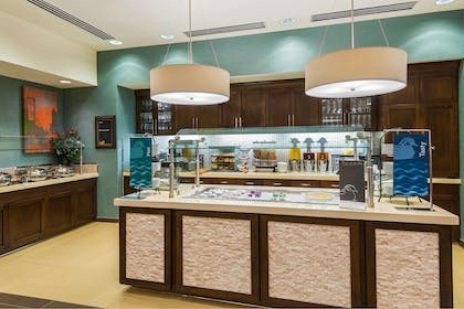 Restaurant | Homewood Suites by Hilton Little Rock Downtown