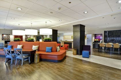 Lobby | Home2 Suites by Hilton Little Rock West