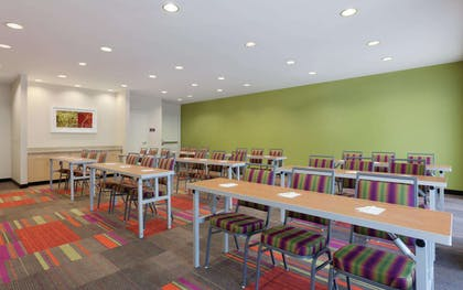 Meeting Room | Home2 Suites by Hilton Tuscaloosa Downtown University Boulevard