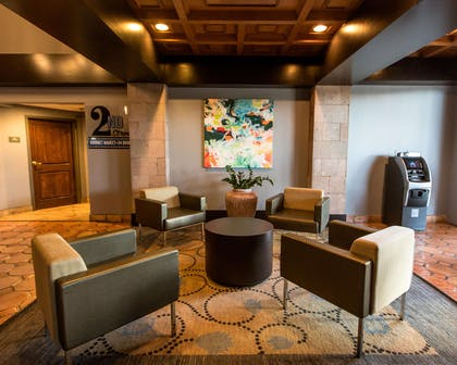 Lobby | DoubleTree Suites by Hilton Hotel McAllen