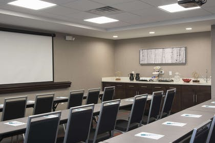 Meeting Room | Homewood Suites by Hilton Cleveland/Sheffield