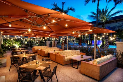 Restaurant | Hilton West Palm Beach