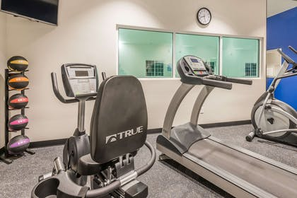 Fitness Center | Microtel Inn & Suites By Wyndham Altoona