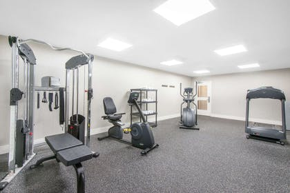 Health club | Wingate by Wyndham Niagara Falls