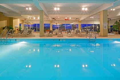 Indoor Swimming Pool Red Lion Harris | Red Lion Hotel Harrisburg Hershey