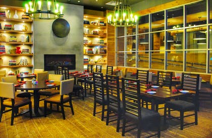 Restaurant | Doubletree By Hilton Reading