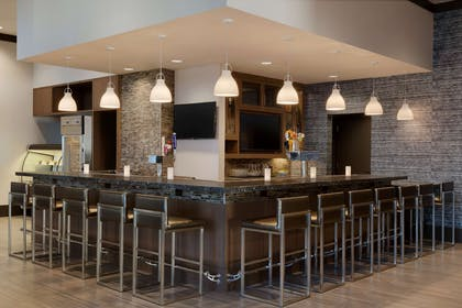 BarLounge | Embassy Suites by Hilton The Woodlands at Hughes Landing