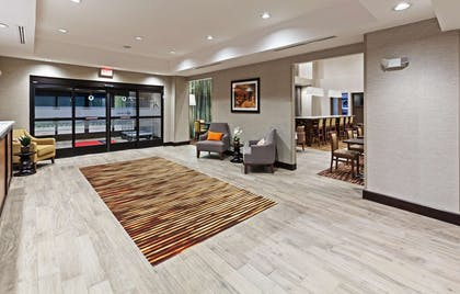 Lobby | Hampton Inn & Suites Georgetown/Austin North