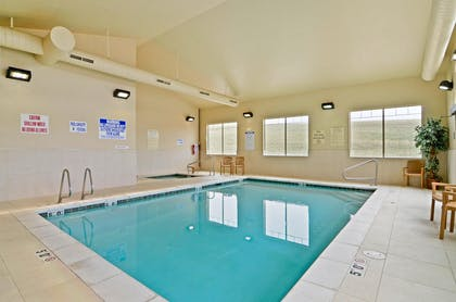 24 Hour Swimming Pool | Best Western Plus Fossil Country Inn & Suites