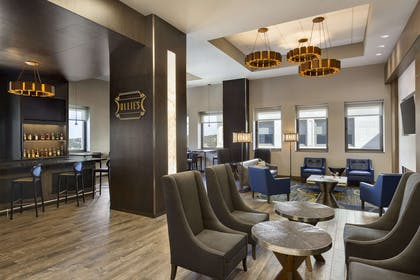 Restaurant   Embassy Suites by Hilton Pittsburgh Downtown