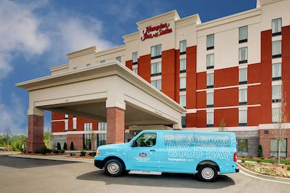 Exterior | Hampton Inn & Suites Greenville Airport