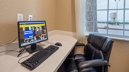 Business Center | Best Western Plus Galveston Suites