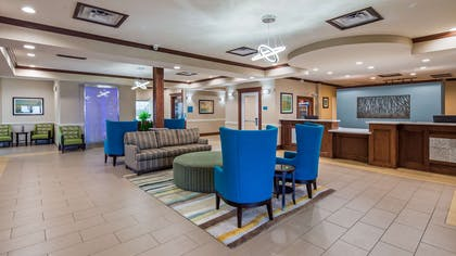 Lobby & Sitting Area | Best Western Plus Galveston Suites