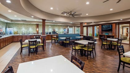 Breakfast Area | Best Western Plus Galveston Suites
