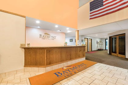 Lobby | Baymont by Wyndham Hot Springs