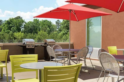 Restaurant | Home2 Suites by Hilton Atlanta South/McDonough