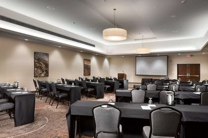 Meeting Room | DoubleTree by Hilton Hotel Lawrence