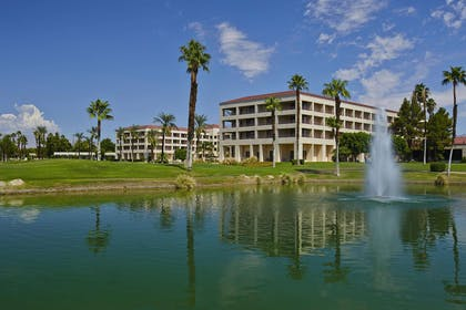 Exterior | DoubleTree by Hilton Hotel Golf Resort Palm Springs