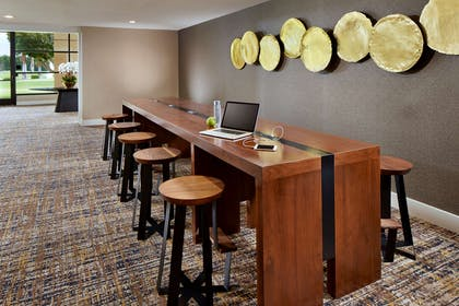 Meeting Room   DoubleTree by Hilton Hotel Golf Resort Palm Springs