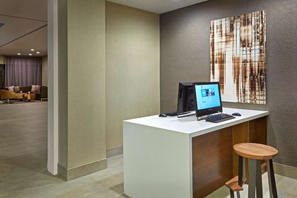 Business Center   DoubleTree by Hilton Hotel Golf Resort Palm Springs