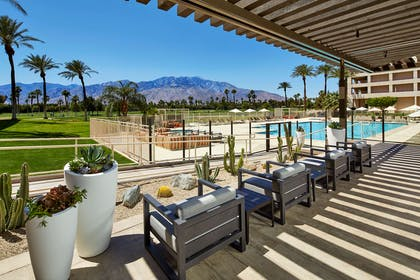 Pool   DoubleTree by Hilton Hotel Golf Resort Palm Springs