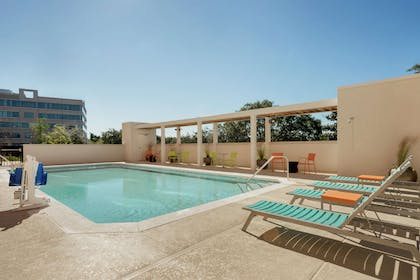 Pool | Home2 Suites by Hilton Tallahassee State Capitol