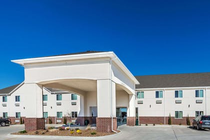 Welcome to the Days Inn and Suites El Dorado | Days Inn & Suites by Wyndham El Dorado